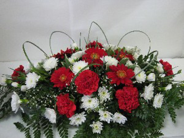 Picture of Carnation funeral spray